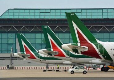 Alitalia subasta su marca
