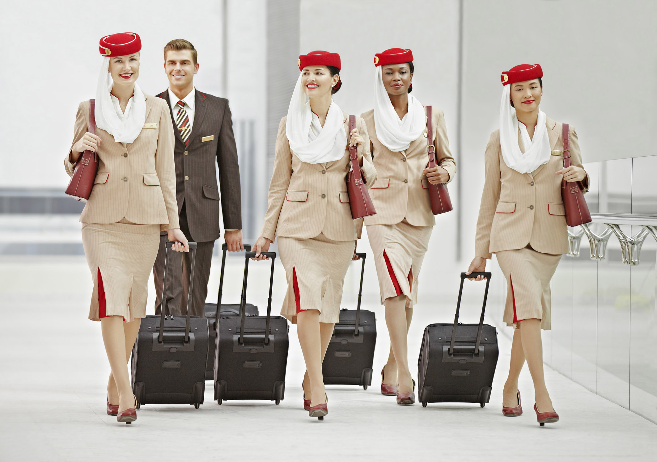 Emirates busca 3.000 Tripulantes de Cabina
