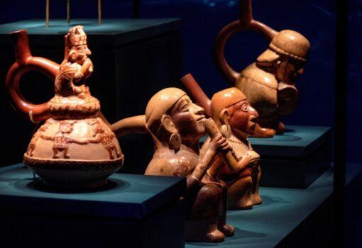 Arte y tecnología se alían en la exposición mundial sobre los tesoros de Perú